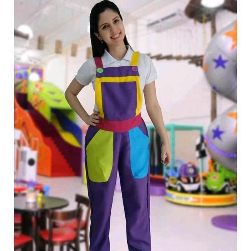 Orçamento de Macacão Colorido de Palhaço Brás - Macacão Feminino Colorido