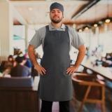 aventais chefs cozinha masculinos Bertioga