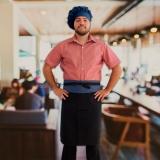 avental e chapéu cozinheiro
