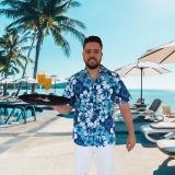 camisa havaina para garçom piscina