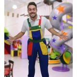 macacão de festa infantil colorido orçar Anália Franco