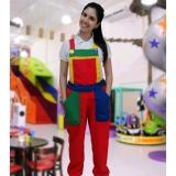 macacão colorido para festa infantil