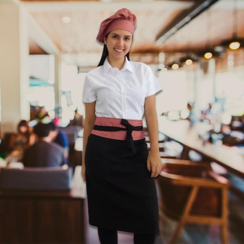 Uniforme Garçom Restaurante Tremembé - Uniforme de Garçonete